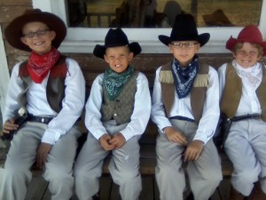 kids in 1880s clothes